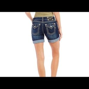 NWT New Miss Me shorts size 27